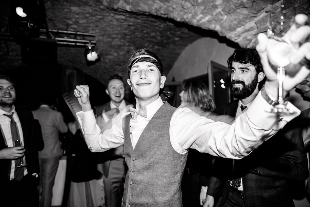 le marié danse
